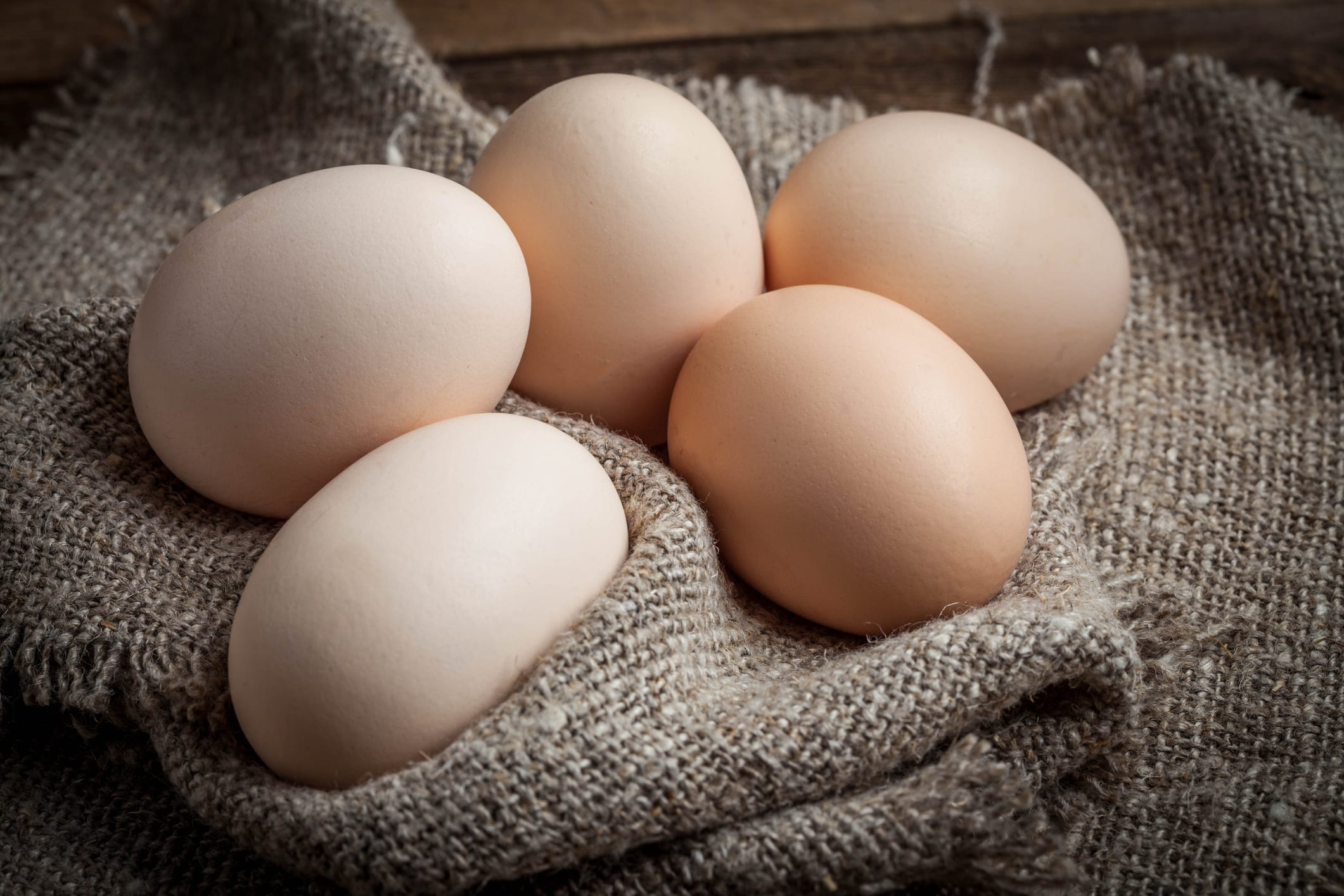 The Nutritional Value of Egg Whites Versus Egg Yolks: What Do You Use? | A Healthier Michigan