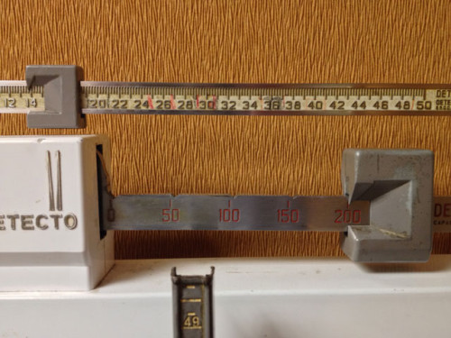 The scale balancing at about 214 pounds for Brian Bell on #WeighInWeds at #HealthyMe.
